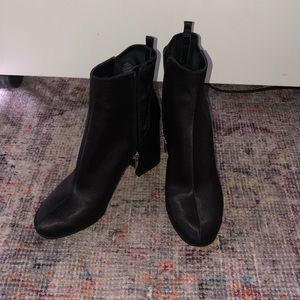 Black Marc Fisher ankle booties women's size 8.5